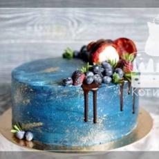 Простой торт с ягодами