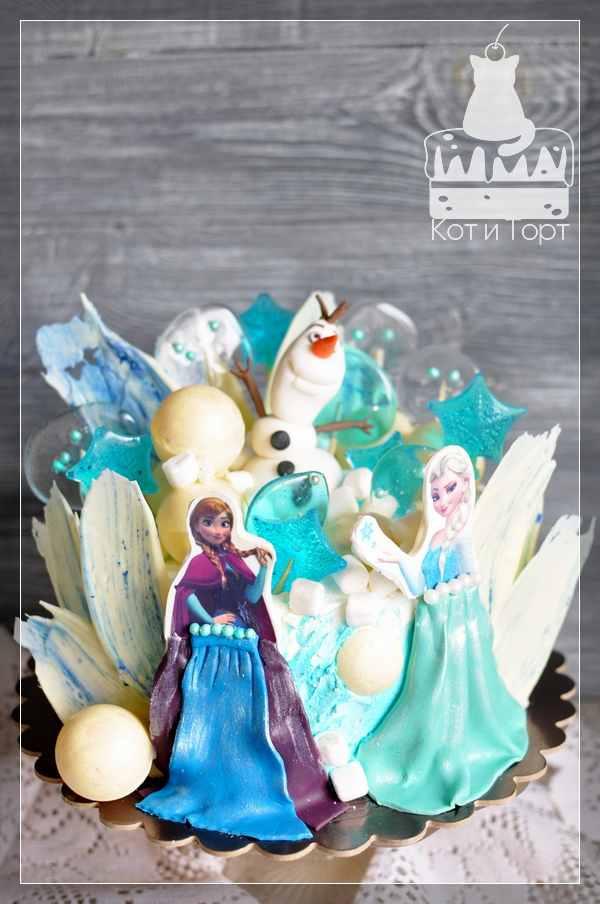 Торт Холодное сердце с Олафом, Эльзой и Анной