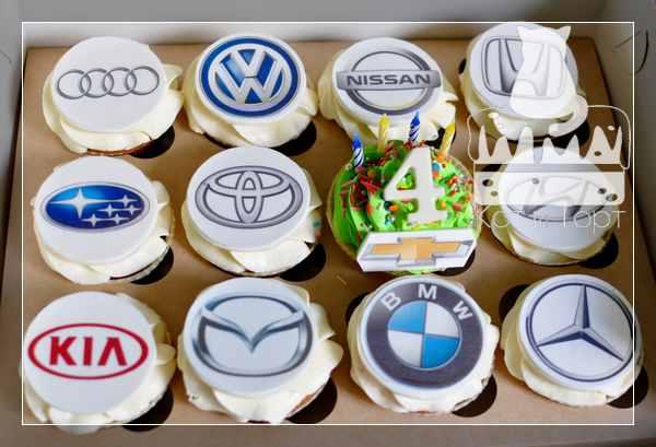 Капкейки с логотипами автомобилей