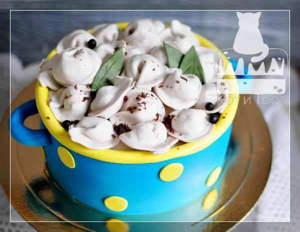 Торт-голубая кастрюля с пельменями