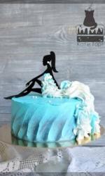 Бирюзовый торт с профилем девушки
