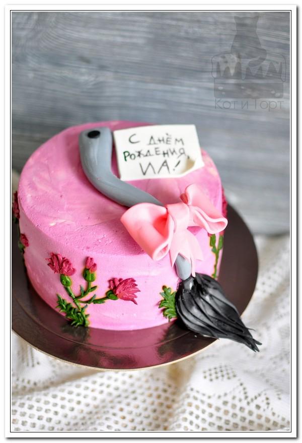 Розовый торт с хвостом ослика Иа