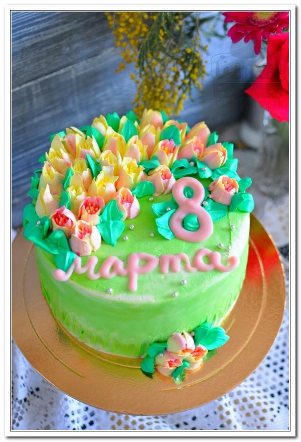 Торт с тюльпанами на 8 марта